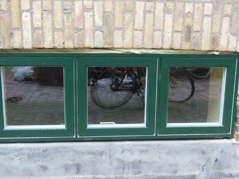 små grønne vinduer