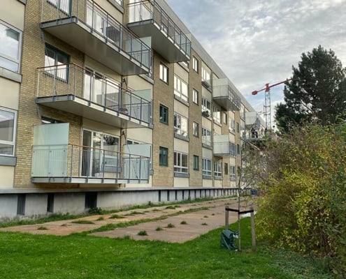 ejendom med altaner